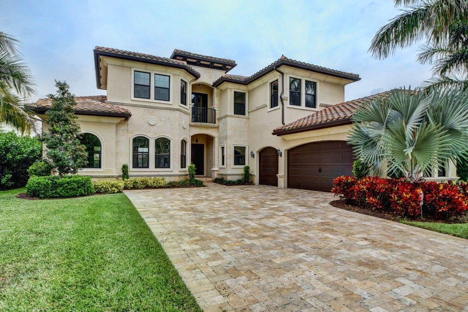 8278 Hawks Gully Avenue  Delray Beach FL 33446