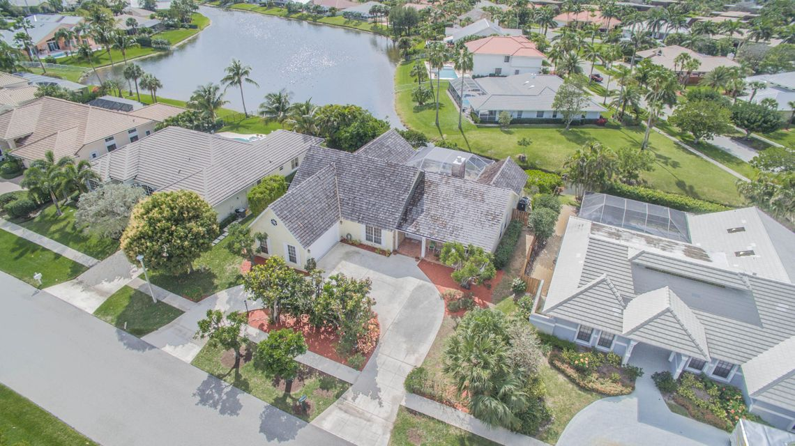 Single Family Home for Sale at 147 Helios Drive 147 Helios Drive Jupiter, Florida 33477 United States