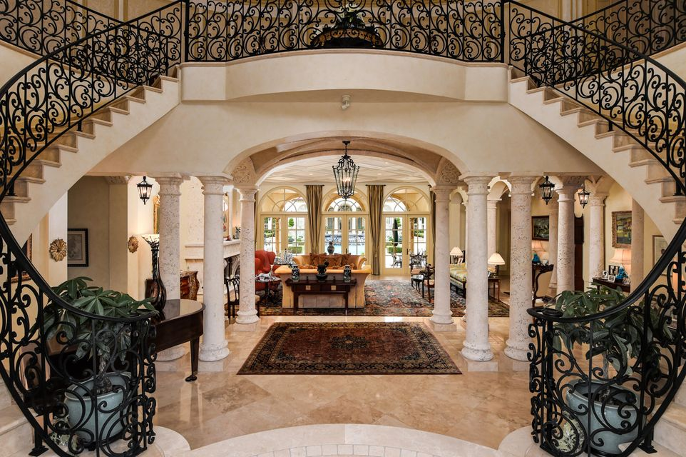 120  Clarendon Avenue , Palm Beach FL 33480 is listed for sale as MLS Listing RX-10387181 photo #3