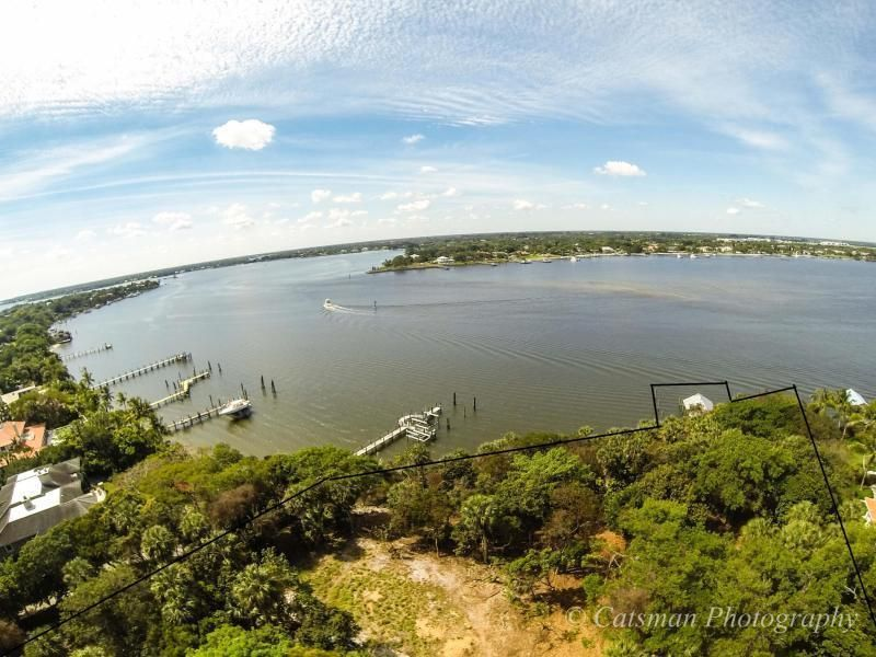 Additional photo for property listing at 129 S River Road  Sewalls Point, Florida 34996 United States