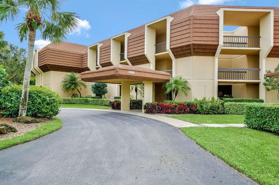 5344 Woodland Lakes Drive 324 , Palm Beach Gardens FL 33418 is listed for sale as MLS Listing RX-10385274 20 photos