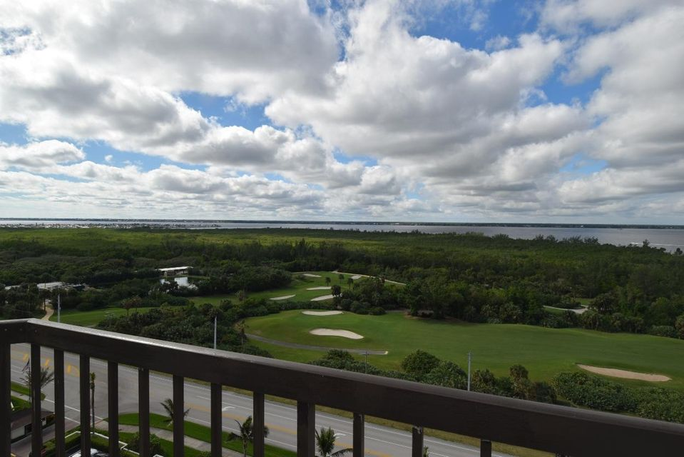 Additional photo for property listing at 8800 S Ocean Drive # 1410ph  Jensen Beach, Florida 34957 United States