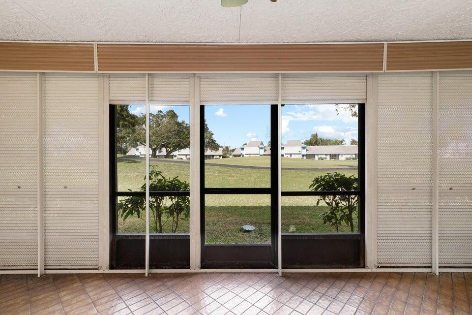 8156 Pine Circle Tamarac, FL 33321 - photo 21