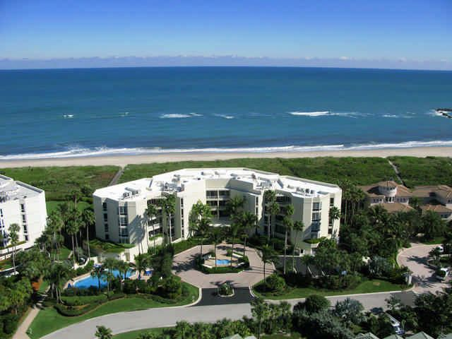 Condominio por un Venta en 3001 SE Island Point Lane # 32 3001 SE Island Point Lane # 32 Stuart, Florida 34996 Estados Unidos