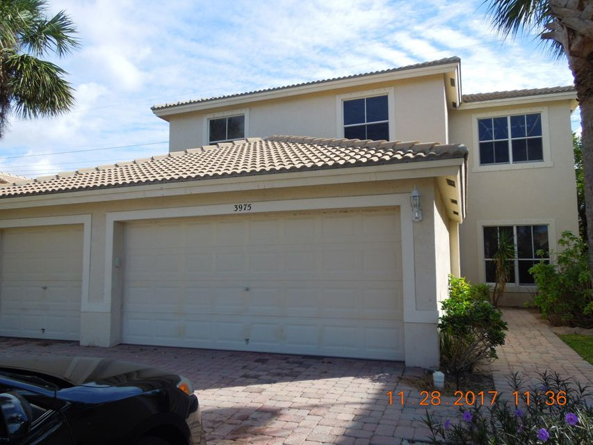 3975 Torres Circle  West Palm Beach, FL 33409