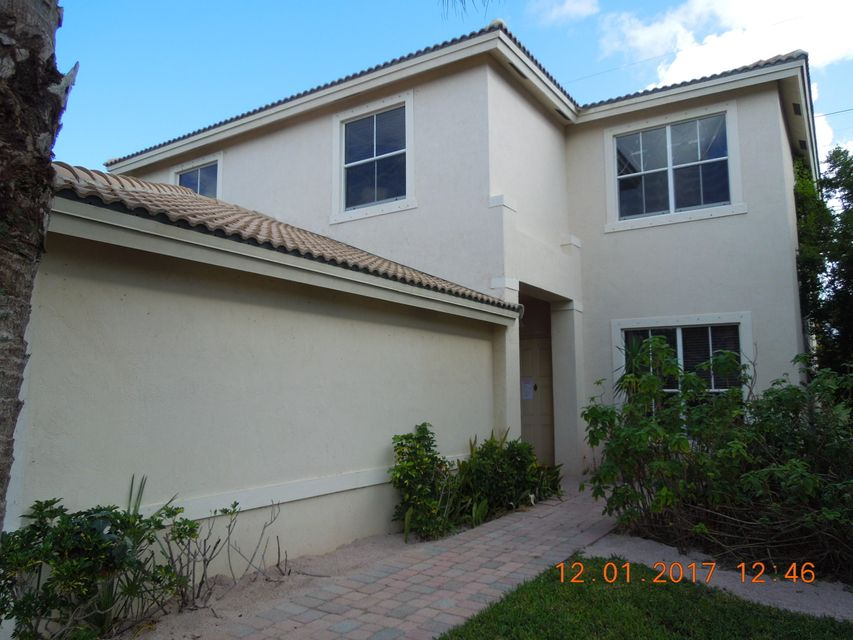 3975 Torres Circle West Palm Beach, FL 33409 photo 2