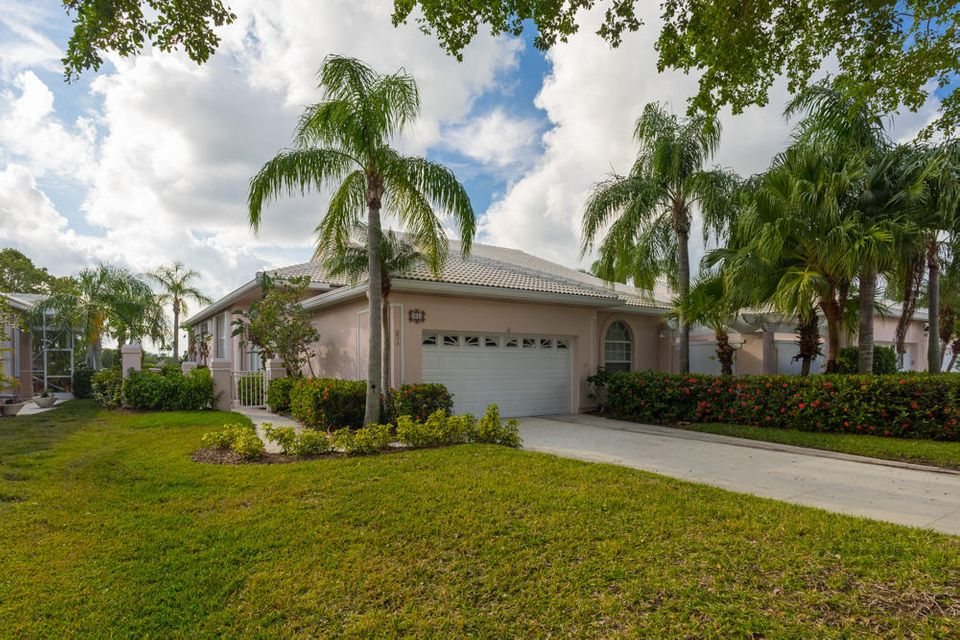 Townhouse for Rent at 61 Green Point Circle 61 Green Point Circle Palm Beach Gardens, Florida 33418 United States