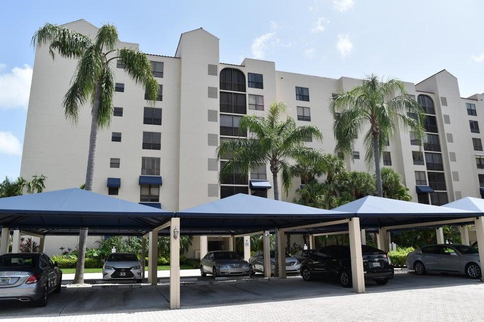 7564 Regency Lake Drive 201  Boca Raton FL 33433