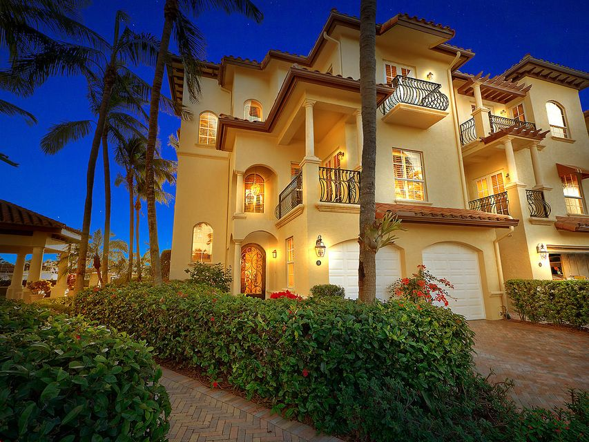 13 Marina Gardens Drive , Palm Beach Gardens FL 33410 is listed for sale as MLS Listing RX-10392785 41 photos