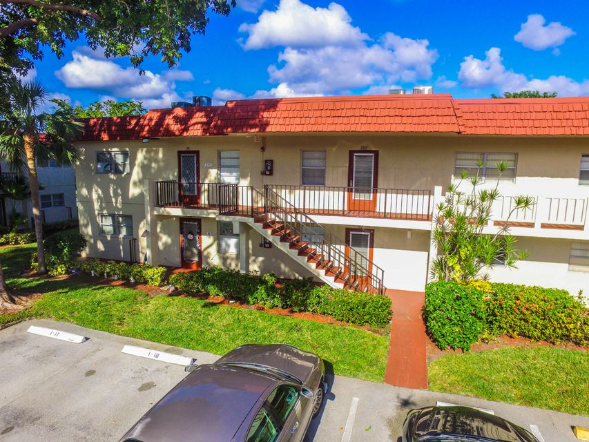 New Home for sale at 2 Abbey Lane in Delray Beach