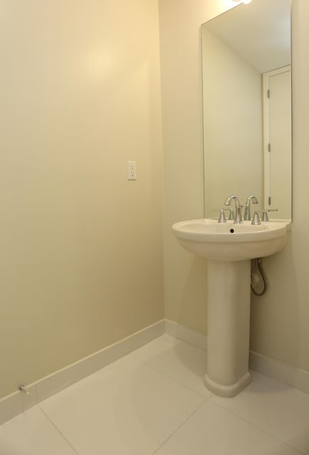 Additional photo for property listing at 1200 Hillsboro Mile 1200 Hillsboro Mile 希尔斯波罗海滩, 佛罗里达州 33062 美国