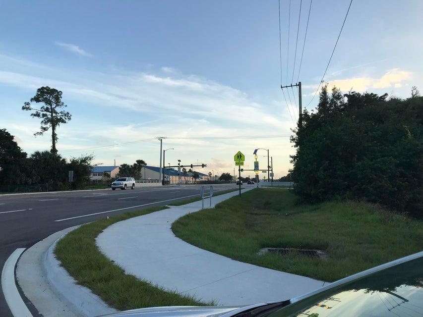 9033 Twig Road  Lake Worth, FL 33467
