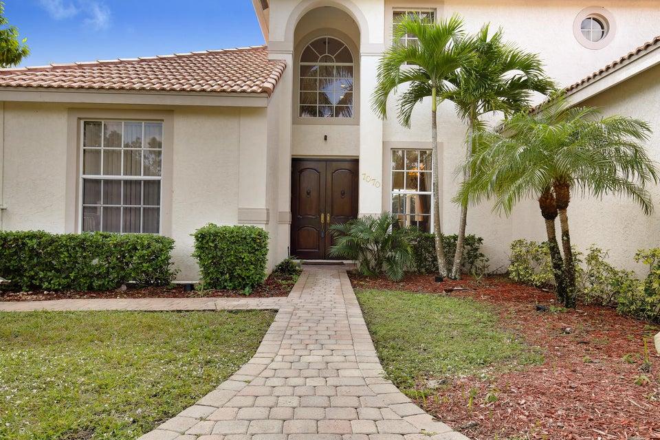 7070 Pioneer Lakes Circle  West Palm Beach, FL 33413