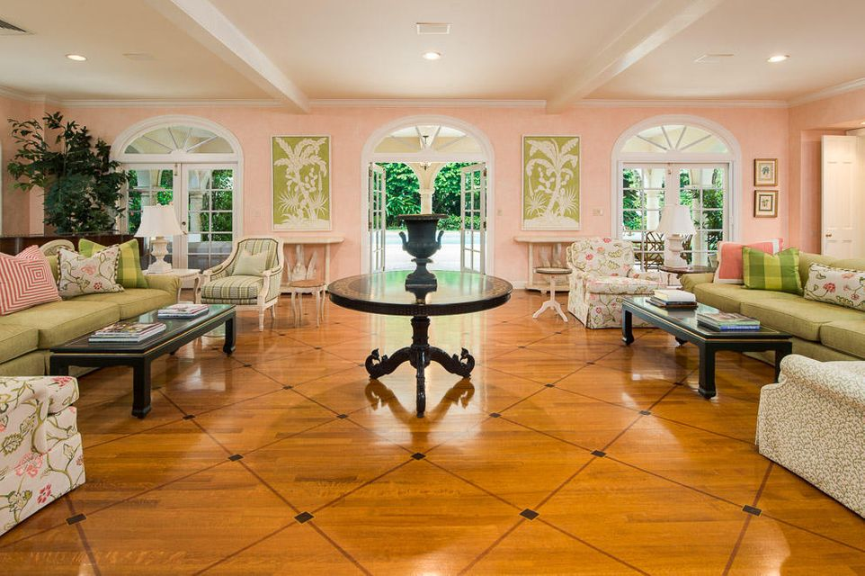 Additional photo for property listing at 325 Ridgeview Drive 325 Ridgeview Drive Palm Beach, Florida 33480 United States