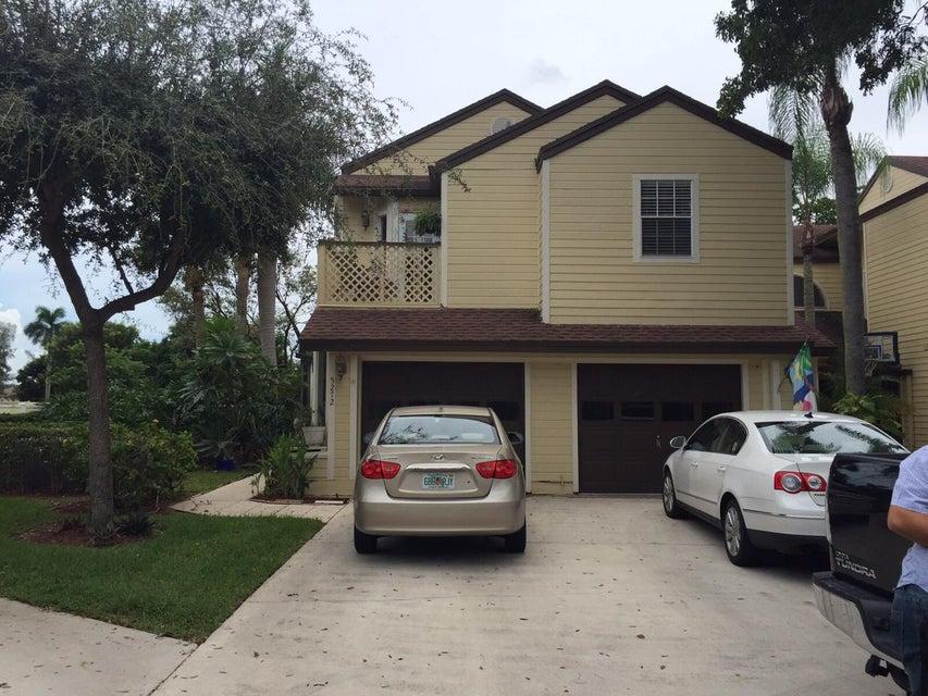 Townhouse for Rent at 5274 Buckhead Circle # 5274 5274 Buckhead Circle # 5274 Boca Raton, Florida 33486 United States