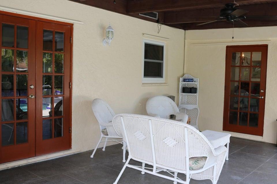 200 Martin Circle Royal Palm Beach, FL 33411 photo 13