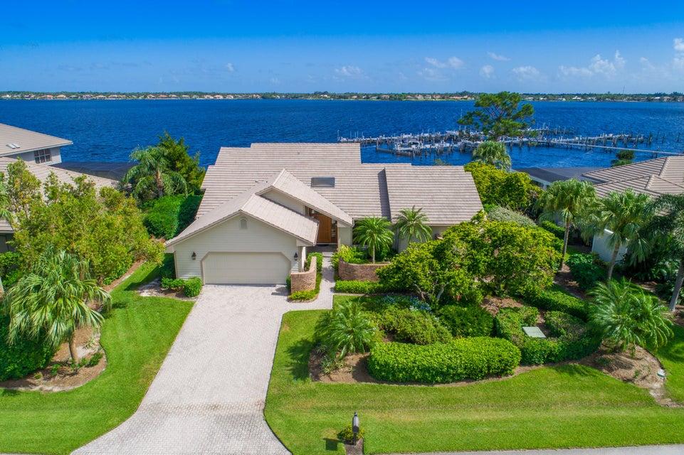 独户住宅 为 销售 在 12784 NW Mariner Court 12784 NW Mariner Court Palm City, 佛罗里达州 34990 美国