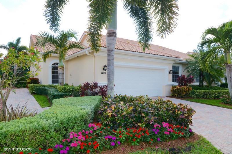 8126 Sandpiper Way  West Palm Beach, FL 33412