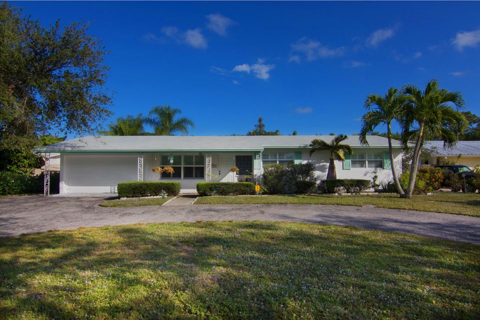 Home for sale in BERMUDA TERRACE SEC 3 Jupiter Florida