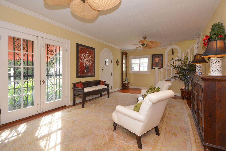 227 Marlborough Road West Palm Beach, FL 33405 photo 7