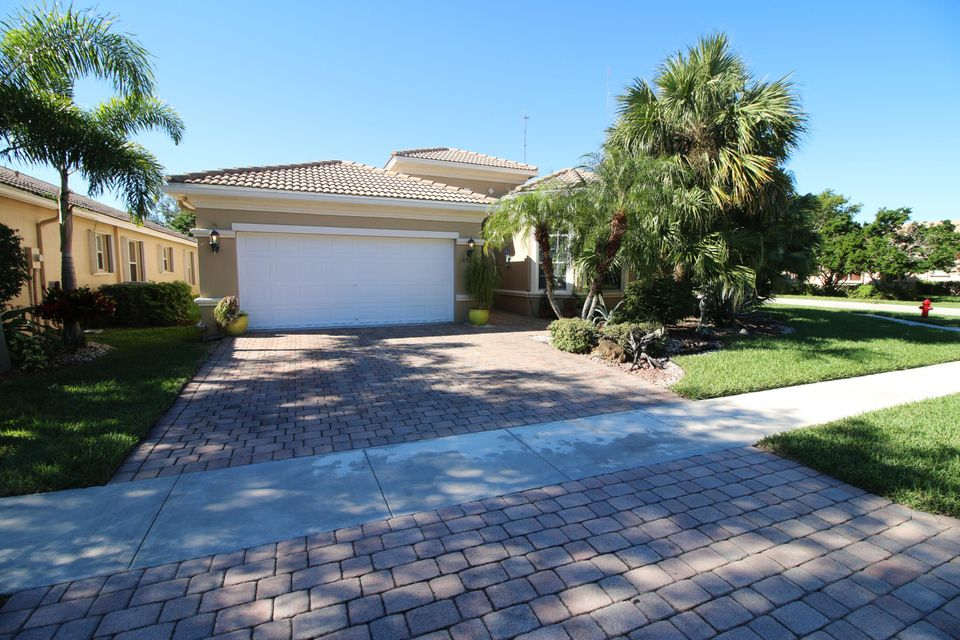 6425 Via Primo Street  Lake Worth, FL 33467