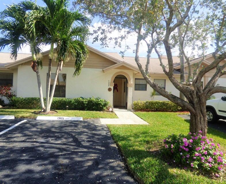 Vila para Locação às 1365 NW 23rd Lane 1365 NW 23rd Lane Delray Beach, Florida 33445 Estados Unidos