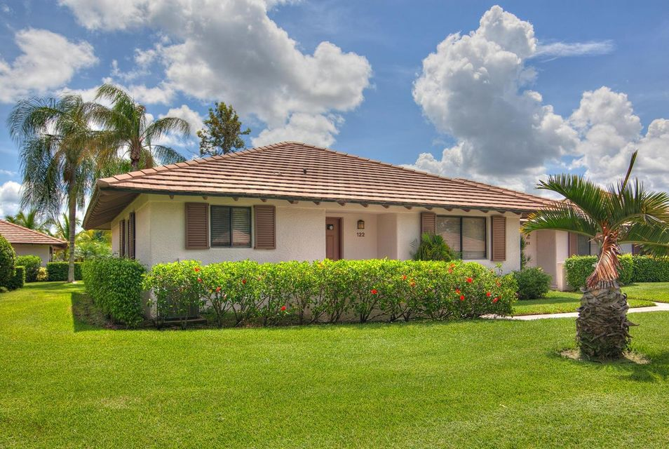 Villa for Rent at 122 Club Drive 122 Club Drive Palm Beach Gardens, Florida 33418 United States