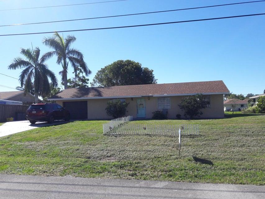 6869 Bayshore Drive  Lake Worth, FL 33462