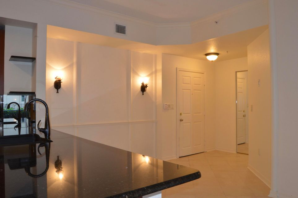 Condominium for Sale at 1801 N Flagler Drive # 136 1801 N Flagler Drive # 136 West Palm Beach, Florida 33407 United States