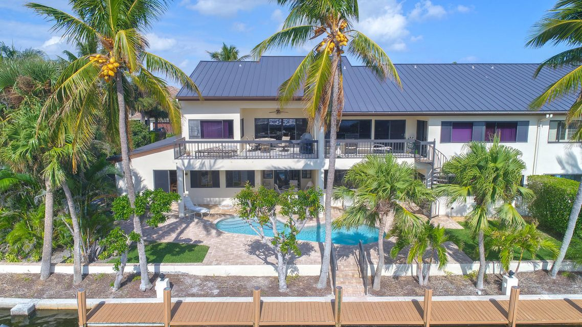 Condominium for Sale at 1040 Del Haven Drive # 1-W 1040 Del Haven Drive # 1-W Delray Beach, Florida 33483 United States