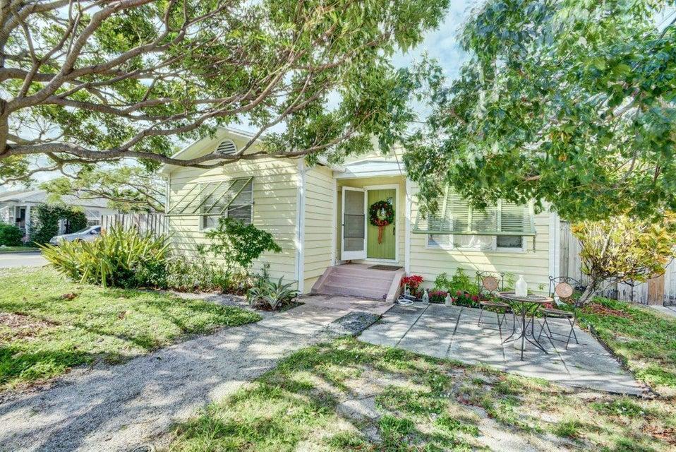 1101 N M Street  Lake Worth, FL 33460