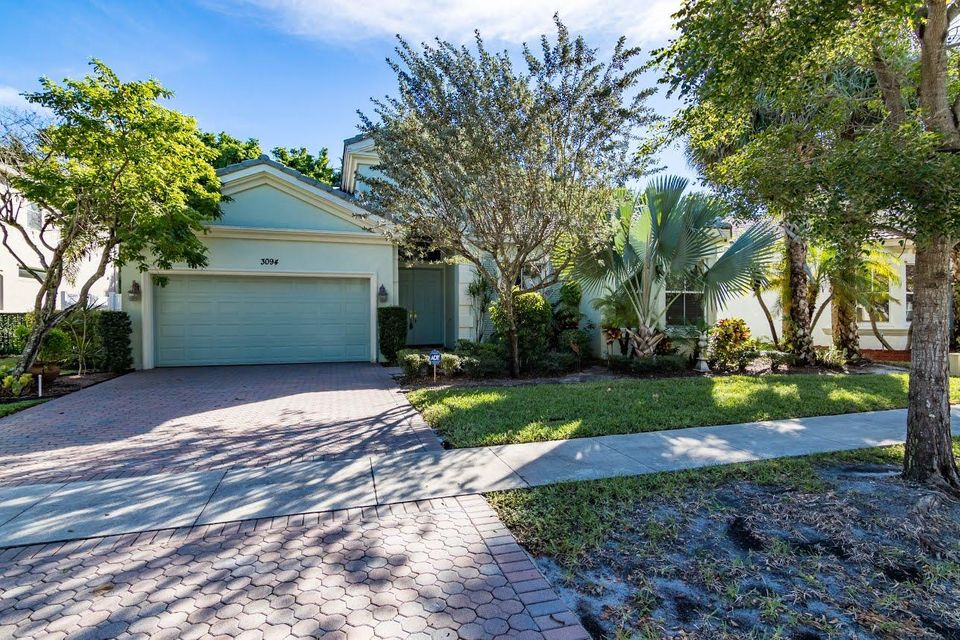 3094 Hartridge Terrace  Wellington, FL 33414