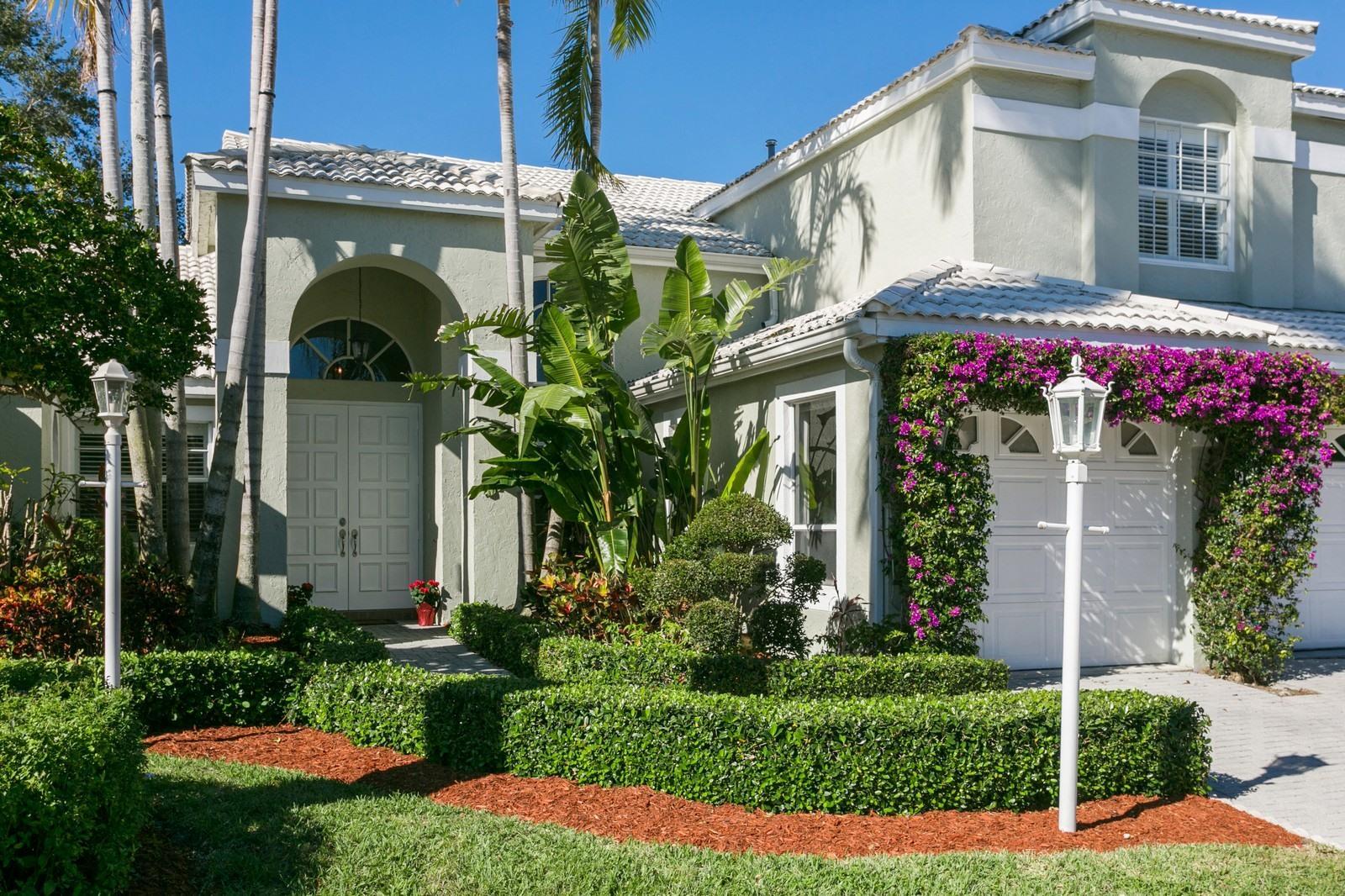 10205 Allamanda Boulevard , Palm Beach Gardens FL 33410 is listed for sale as MLS Listing RX-10388896 28 photos