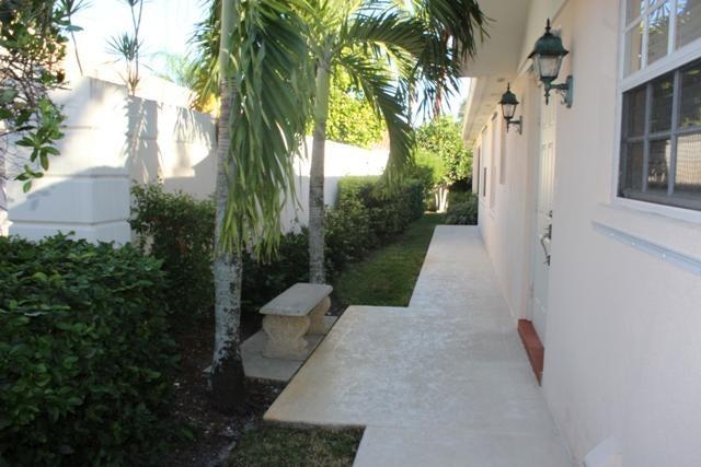 7814 N Fork Drive West Palm Beach, FL 33411 photo 2