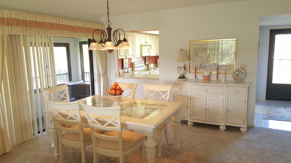Additional photo for property listing at 702 Clubhouse Circle 702 Clubhouse Circle Jupiter, Florida 33477 Estados Unidos