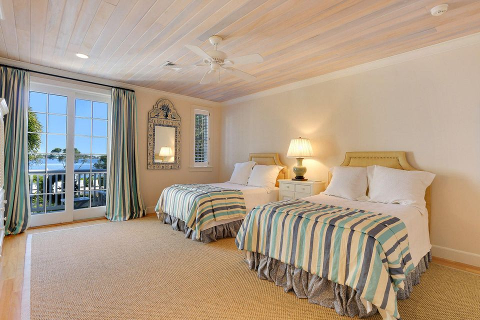 HARBOUR RUDGE YACHT AND COUNTR PALM CITY REAL ESTATE
