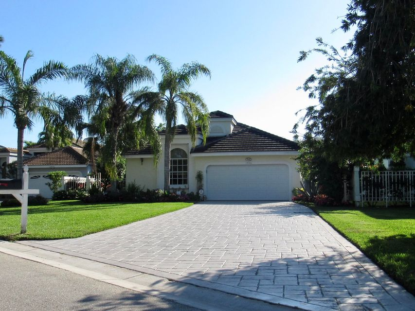 13960 Crosspointe , Palm Beach Gardens FL 33418 is listed for sale as MLS Listing RX-10387986 21 photos