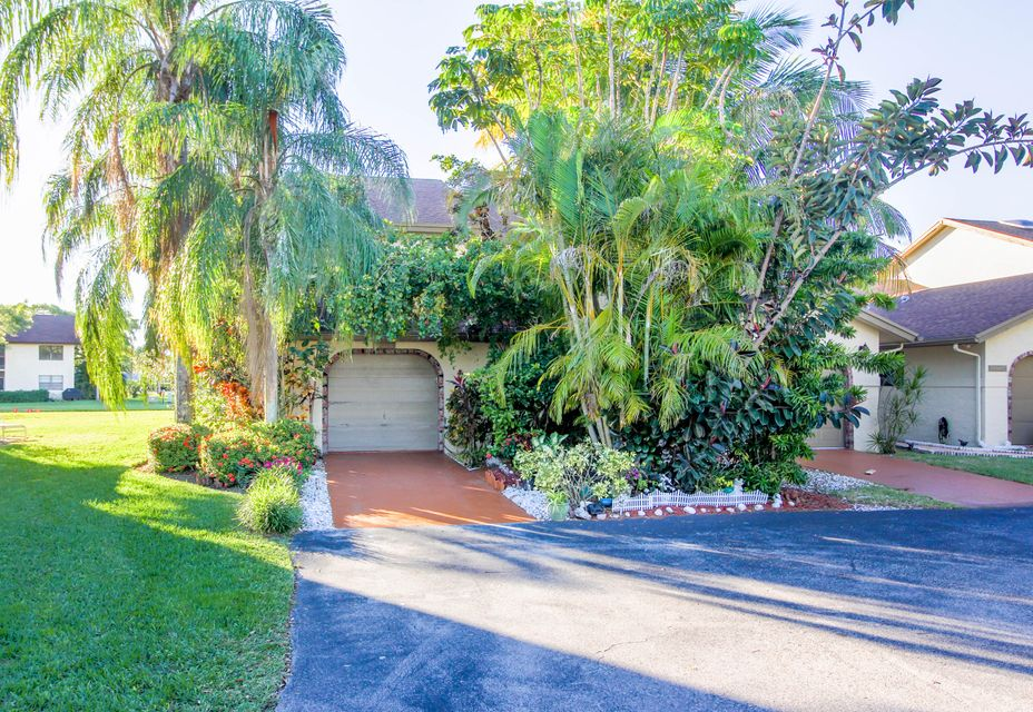 Village of Boca Barwood home on 23341 SW 55th Way
