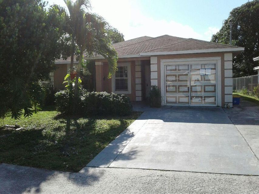 1449 Ac Evans Street , Riviera Beach FL 33404 is listed for sale as MLS Listing RX-10389306 9 photos