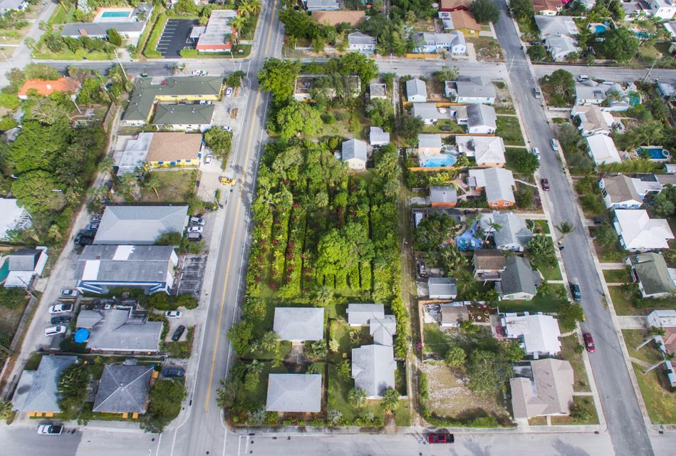 Additional photo for property listing at 1102-1130 N Federal Highway 1102-1130 N Federal Highway Lake Worth, Florida 33460 United States