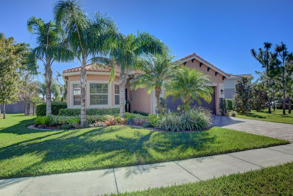 8368 Serena Creek Avenue  Boynton Beach FL 33473