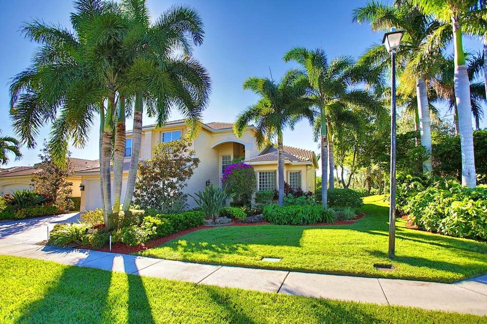 Single Family Home for Sale at 7901 Sonata Bay Point 7901 Sonata Bay Point Lake Worth, Florida 33467 United States