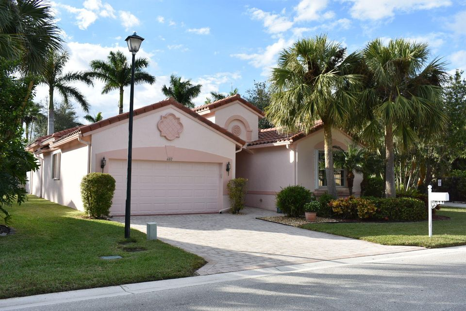 Single Family Home for Sale at 6811 Elianto Way 6811 Elianto Way Lake Worth, Florida 33467 United States