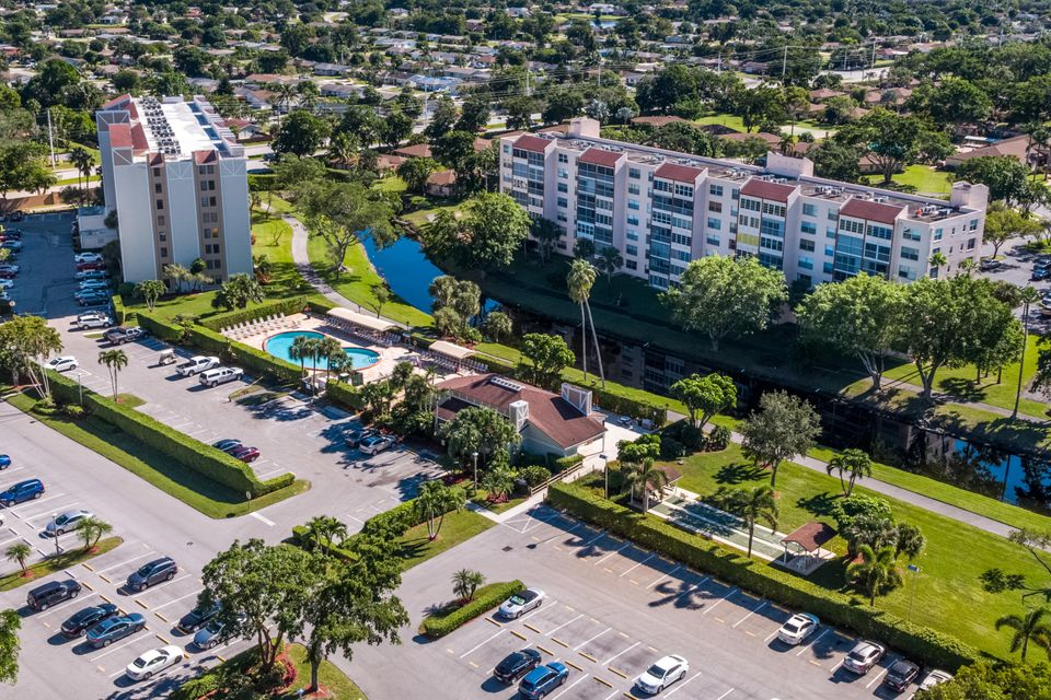 14310 Strathmore Lane Delray Beach, FL 33446 - photo 27