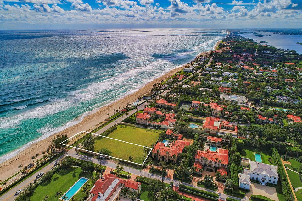 910 S Ocean Boulevard , Palm Beach FL 33480 is listed for sale as MLS Listing RX-10386232 photo #11