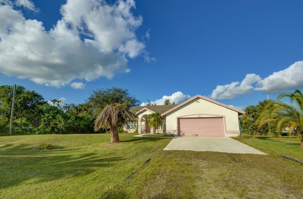 16701 E Yorkshire Drive - Loxahatchee, Florida