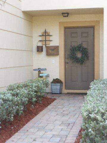 Townhouse for Sale at 312 SE Bloxham Way Stuart, Florida 34997 United States
