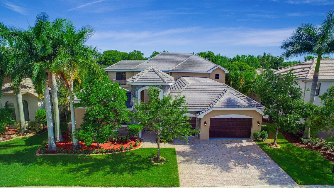 Single Family Home for Sale at 10664 Versailles Boulevard 10664 Versailles Boulevard Wellington, Florida 33449 United States