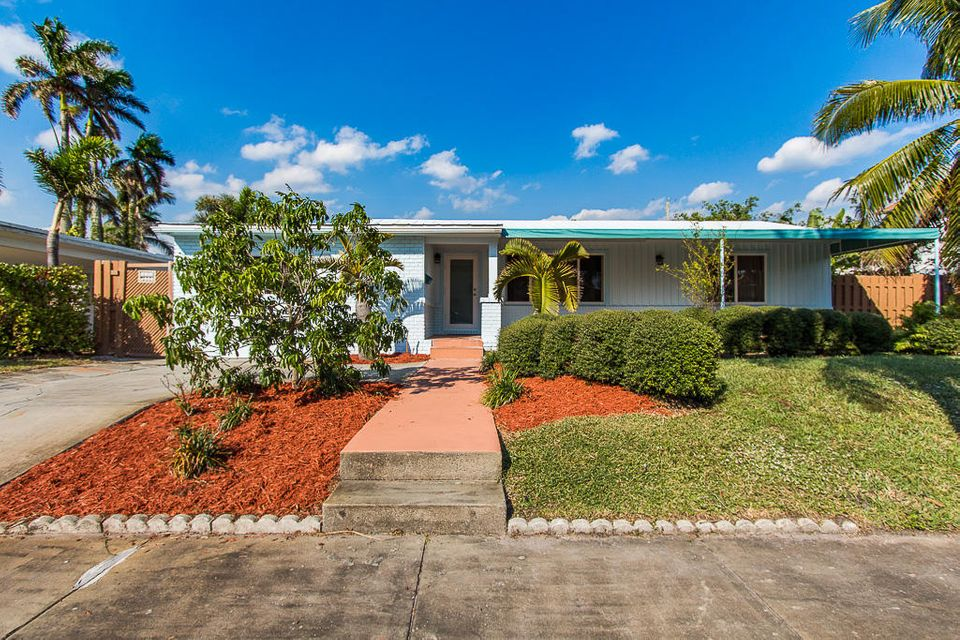 Home for sale in North Shore Terrace 01 West Palm Beach Florida