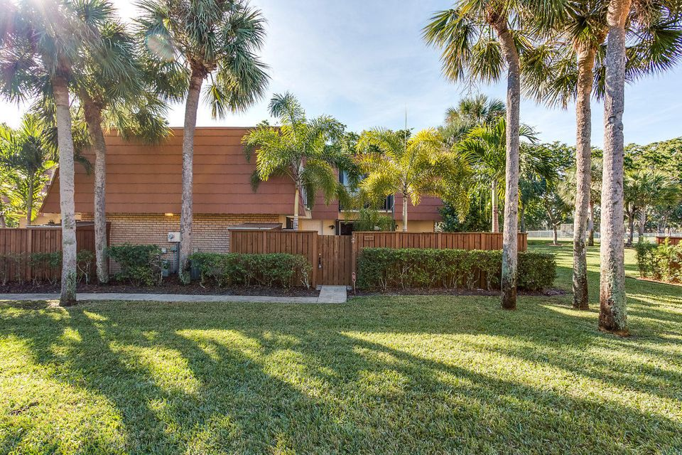 Buttonwood Park Palm Beach County